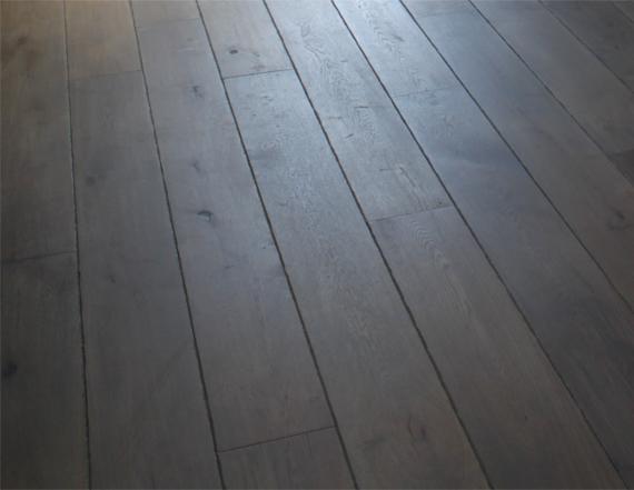 Foto 3 project verouderde houten vloer, Bouten Parket